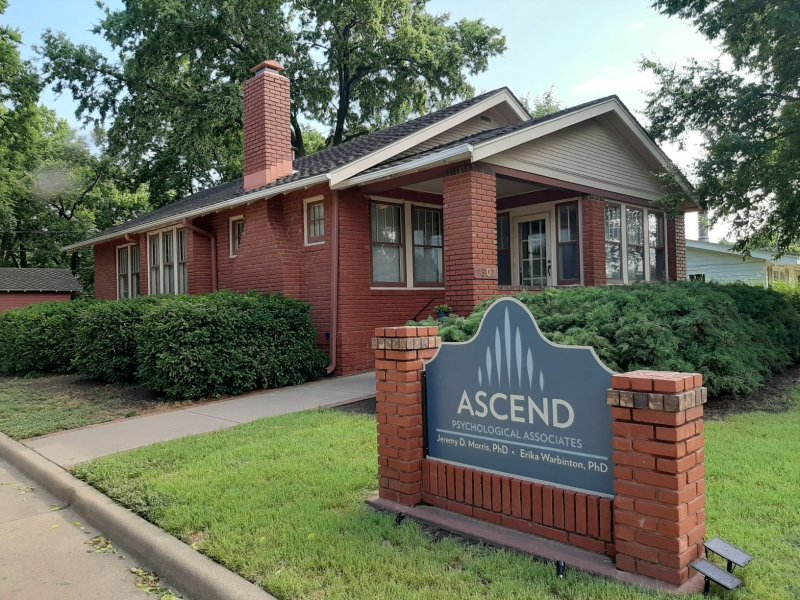 Ascend Psychological Associates Building and Sign